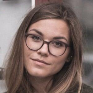 Anna Laura Kummer 1 of 6