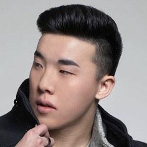 Jono Kwan Headshot