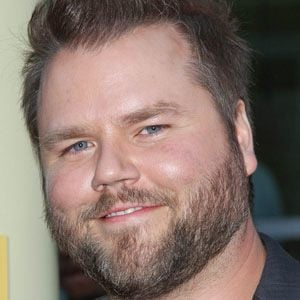 Tyler Labine 1 of 5