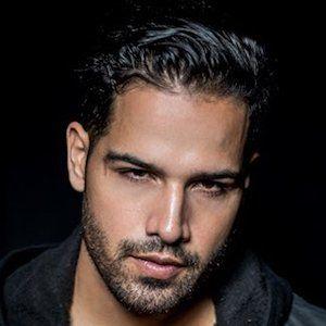 Ricardo Laguna 1 of 5