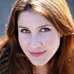 Sarah Lane Headshot