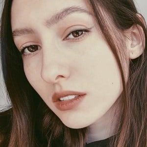 Aloona Larionova Headshot