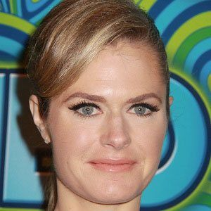 Maggie Lawson 1 of 10