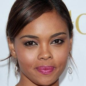 Sharon Leal 1 of 5