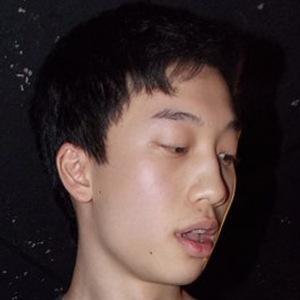 Adrian Lee Headshot