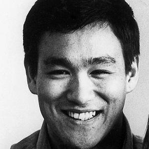 Bruce Lee - Bio, Facts...