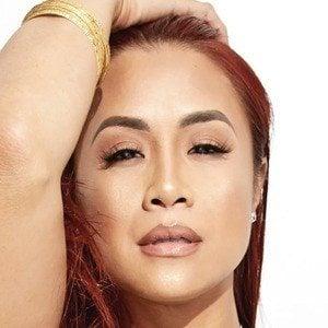 Mai Lee Headshot 1 of 3