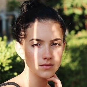 Yasmeen Lee 1 of 6
