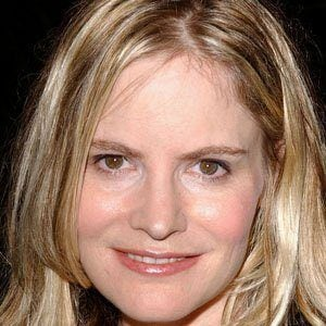 Jennifer Jason Leigh 1 of 9