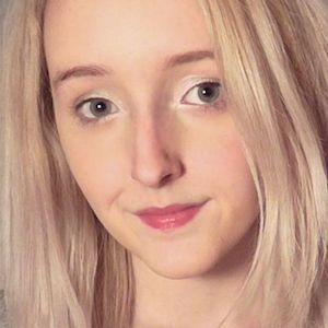 Laura Lemurex 1 of 2