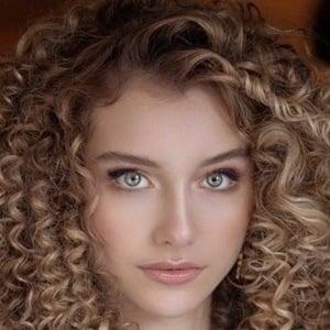 Alexandra Lenarchyk 1 of 10
