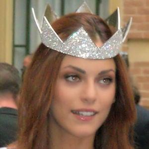 Miriam Leone Headshot
