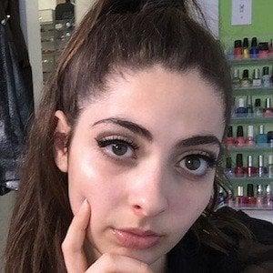 Daniella Levin 1 of 8