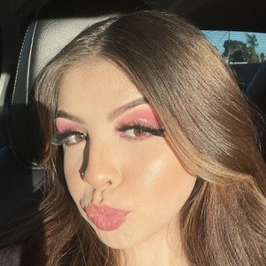 Arianna Lina 1 of 10