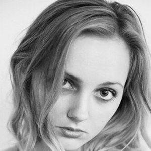 Hannah Linderman 1 of 10