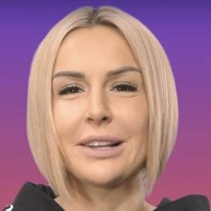 Blanka Lipinska Headshot