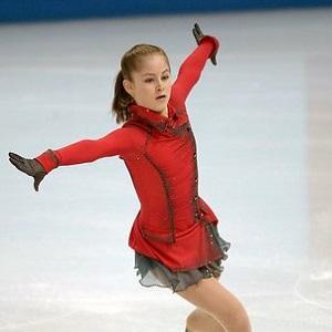 Yulia Lipnitskaya Headshot