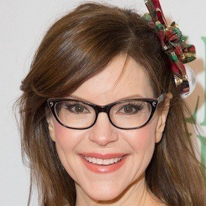 Lisa Loeb 1 of 5