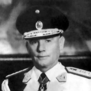 Nicolás Lindley López Headshot