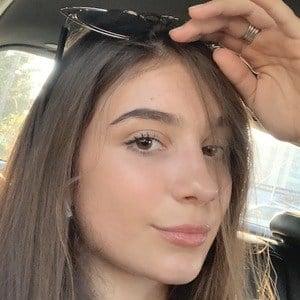 Anastasia Lopicic 1 of 4