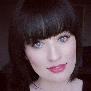 Stephanie Louise Headshot