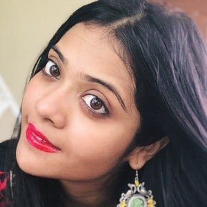 Somya Luhadia 1 of 5