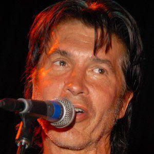 George Lynch Headshot
