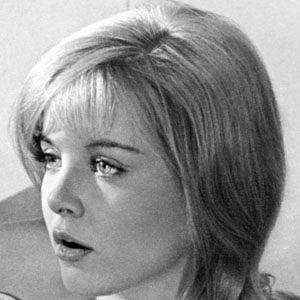 Sue Lyon Headshot