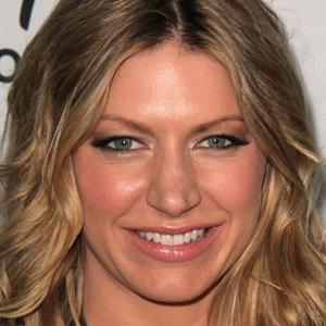 Jes Macallan 1 of 3