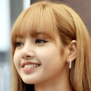 Lalisa Manoban 1 of 5