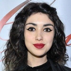 Alexa Mansour Headshot