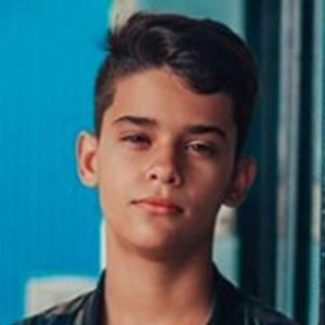 Julián Marín 1 of 4