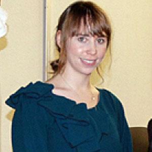 Leanne Marshall Headshot