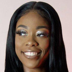 Queona Martin-Williams 1 of 10