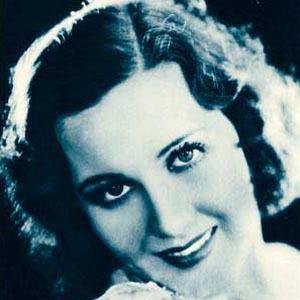 Mary Brian Headshot