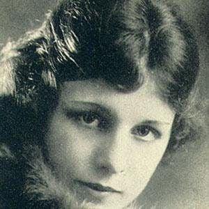 Shirley Mason Headshot