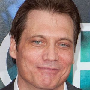 Holt McCallany 1 of 5