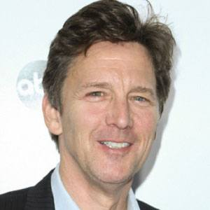 How Old Is Andrew Mccarthy for Pinterest Andrew Mccarthy Pretty In Pink Wig