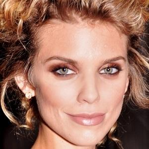 AnnaLynne McCord 1 of 10