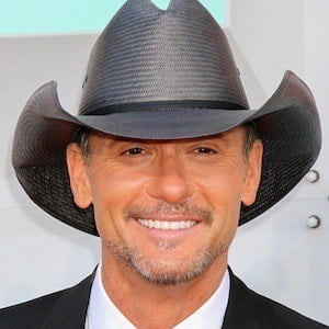 Tim McGraw 1 of 10