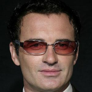 Julian McMahon 1 of 9