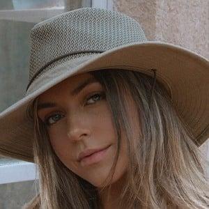 Lara McWhorter 1 of 7