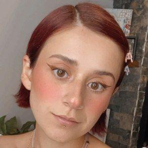Paulina Melo Headshot 1 of 10