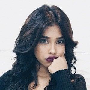 Elisama Mendez 1 of 10