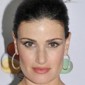 Idina Menzel 1 of 10