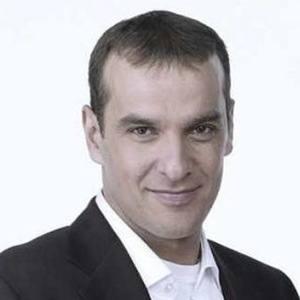 Luis Merlo Headshot