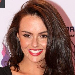 Jennifer Metcalfe 1 of 9