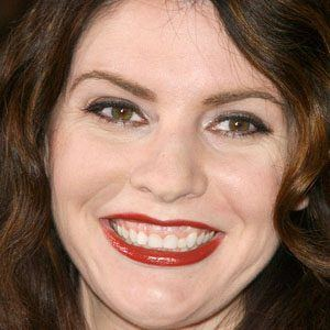 Stephenie Meyer - Bio, Facts, Family | Famous Birthdays