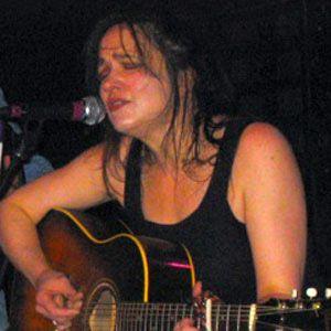 Julie Miller Headshot