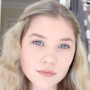 Chloe Millinson 1 of 5